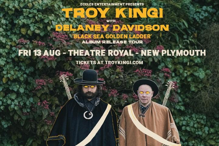 Troy Kingi with Delaney Davidson